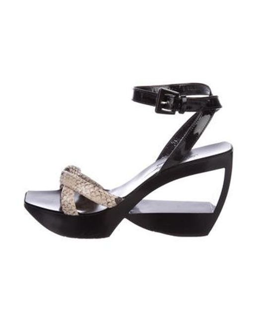 a0171016a231 Robert Clergerie - Gray Embossed Cutout Wedges Black - Lyst ...