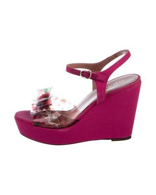 438fb29d83e RED Valentino - Pink Bow-accented Platform Wedges Fuchsia - Lyst ...