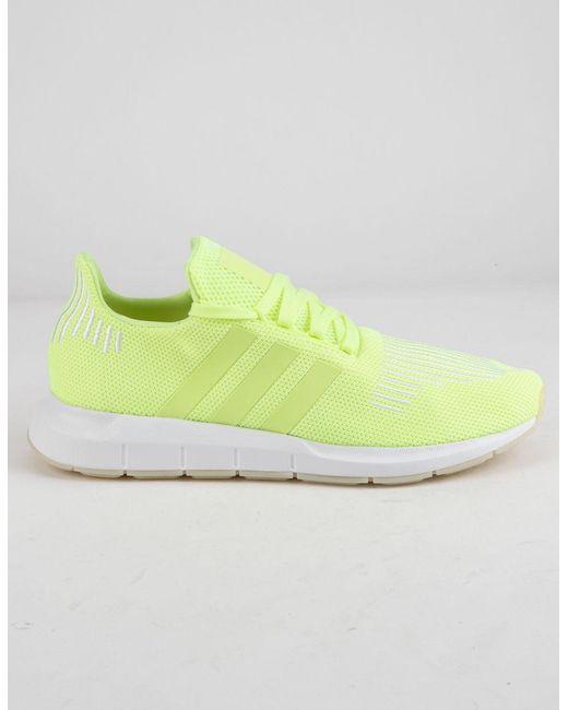 Men's Swift Run Hi res Yellow Shoes
