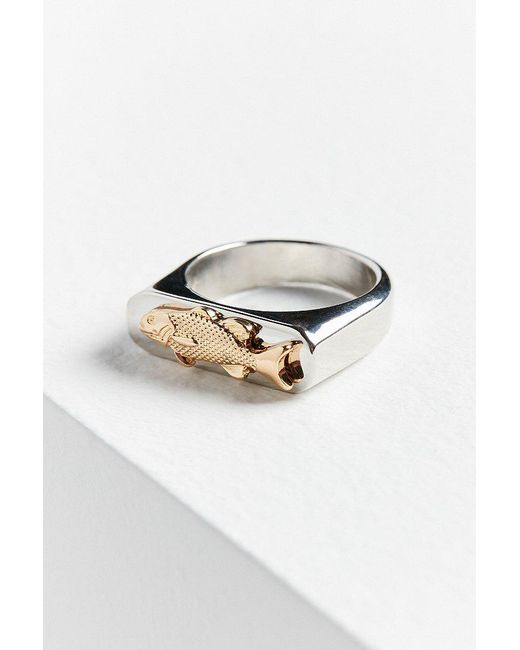 Urban Outfitters | Metallic Fish Signet Ring | Lyst