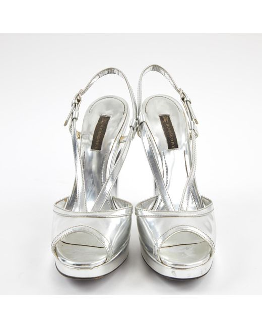 f930038fc033 ... Burberry - Metallic Pre-owned Silver Patent Leather Heels - Lyst