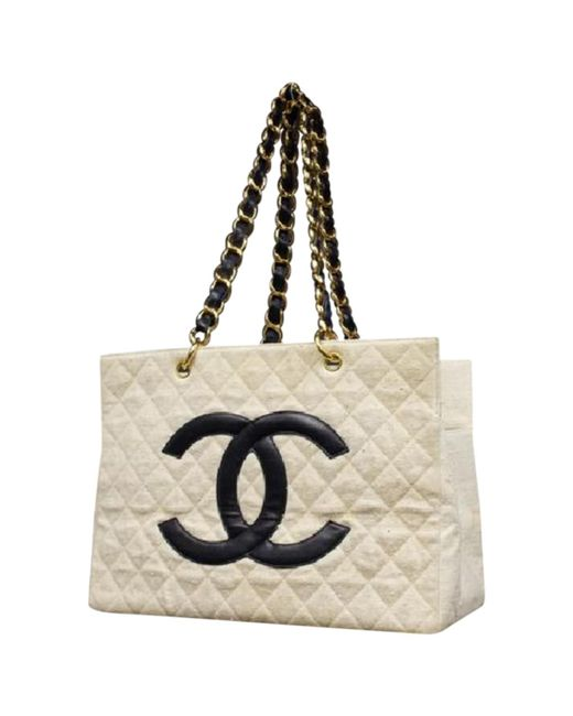 3f8e6b1c055db7 Chanel Pre-owned Vintage White Cotton Handbags in White - Lyst