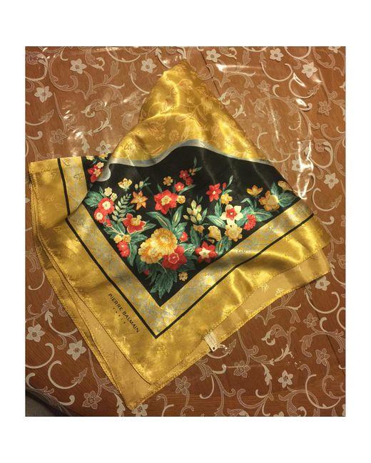 614665b007 Foulard polyester doré Balmain en coloris Métallisé - Lyst