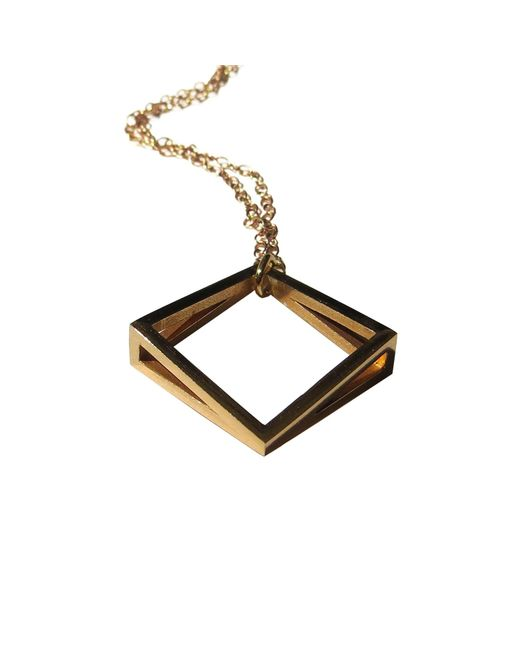 Stephanie Bates | Metallic Med Gold Kite Pendant | Lyst