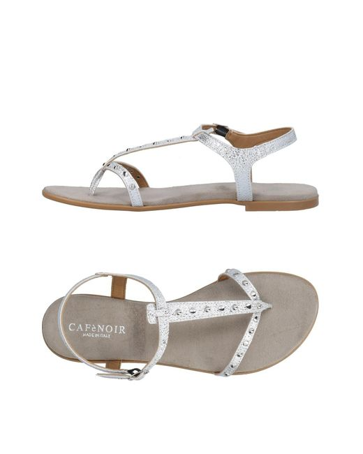 CafeNoir Metallic Toe Post Sandal