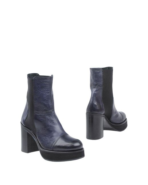 Keb - Blue Ankle Boots - Lyst