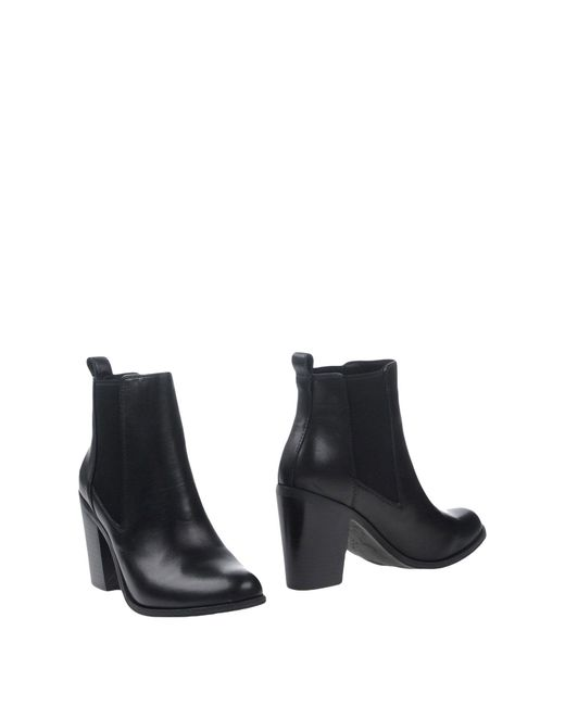 Windsor Smith | Black Ankle Boots | Lyst
