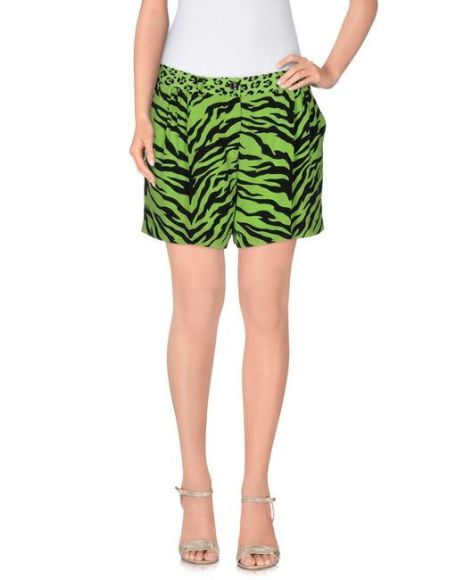 Boutique Moschino | Green Shorts | Lyst