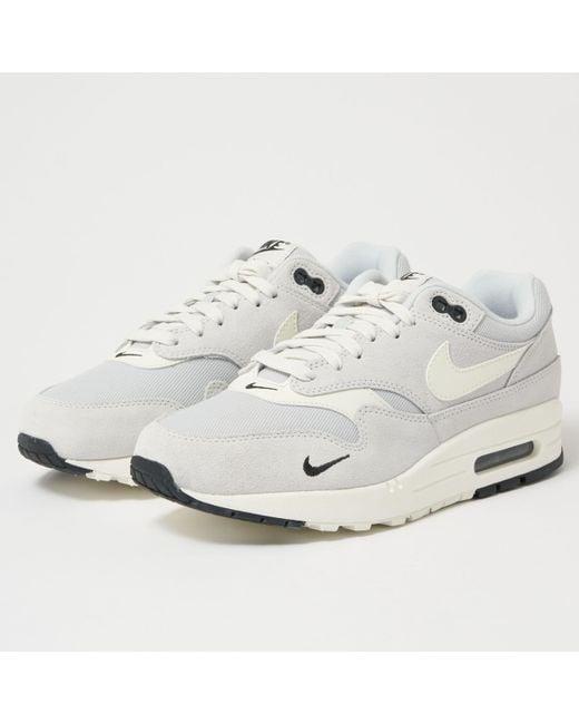 Nike Men's Air Max 90 Premium Se