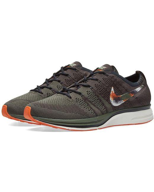 Nike Men's Gray Flyknit Trainer