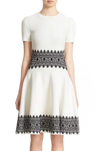 d4cf995ba65 Alexander McQueen Jacquard Lace-Knit Dress in Gray - Lyst