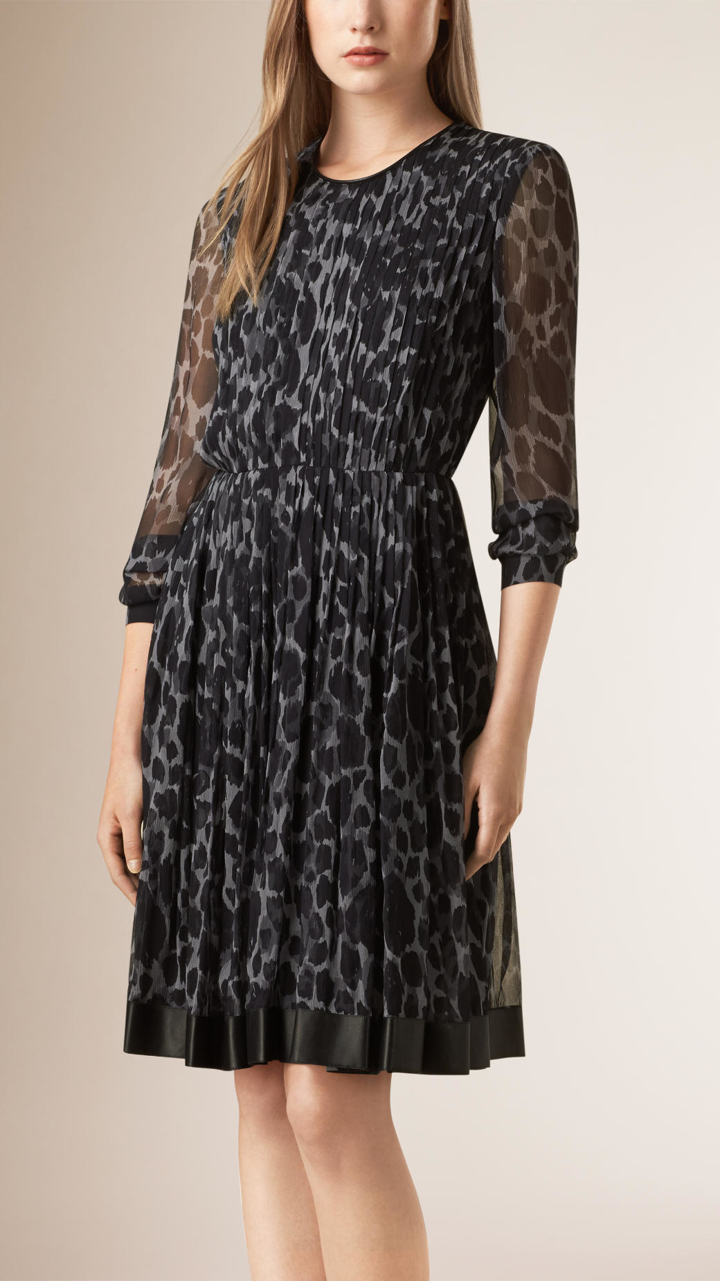 f863f7d1618c6 Burberry Animal-Print Silk Dress in Gray - Lyst