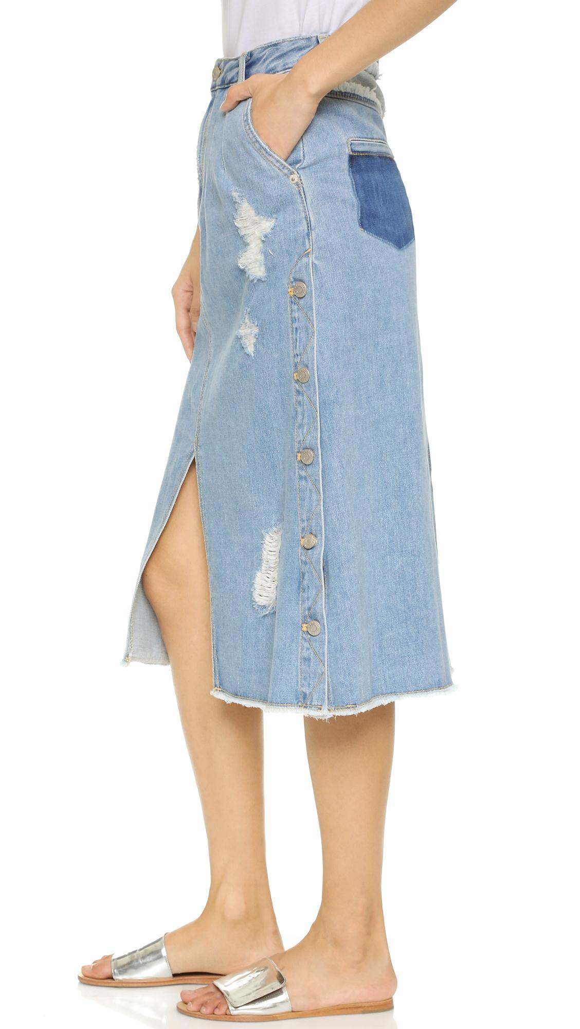 sjyp side button jean skirt in blue lyst