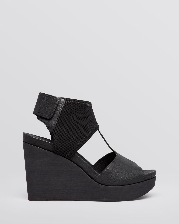 aceb604adb31 Lyst - Eileen Fisher Sandals Dote Wedge in Black