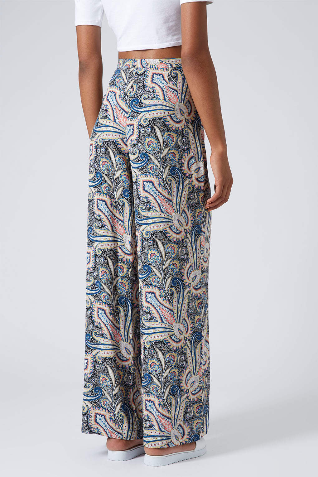 0ad4f237940 Lyst - TOPSHOP Wide Leg Paisley Trousers Multi