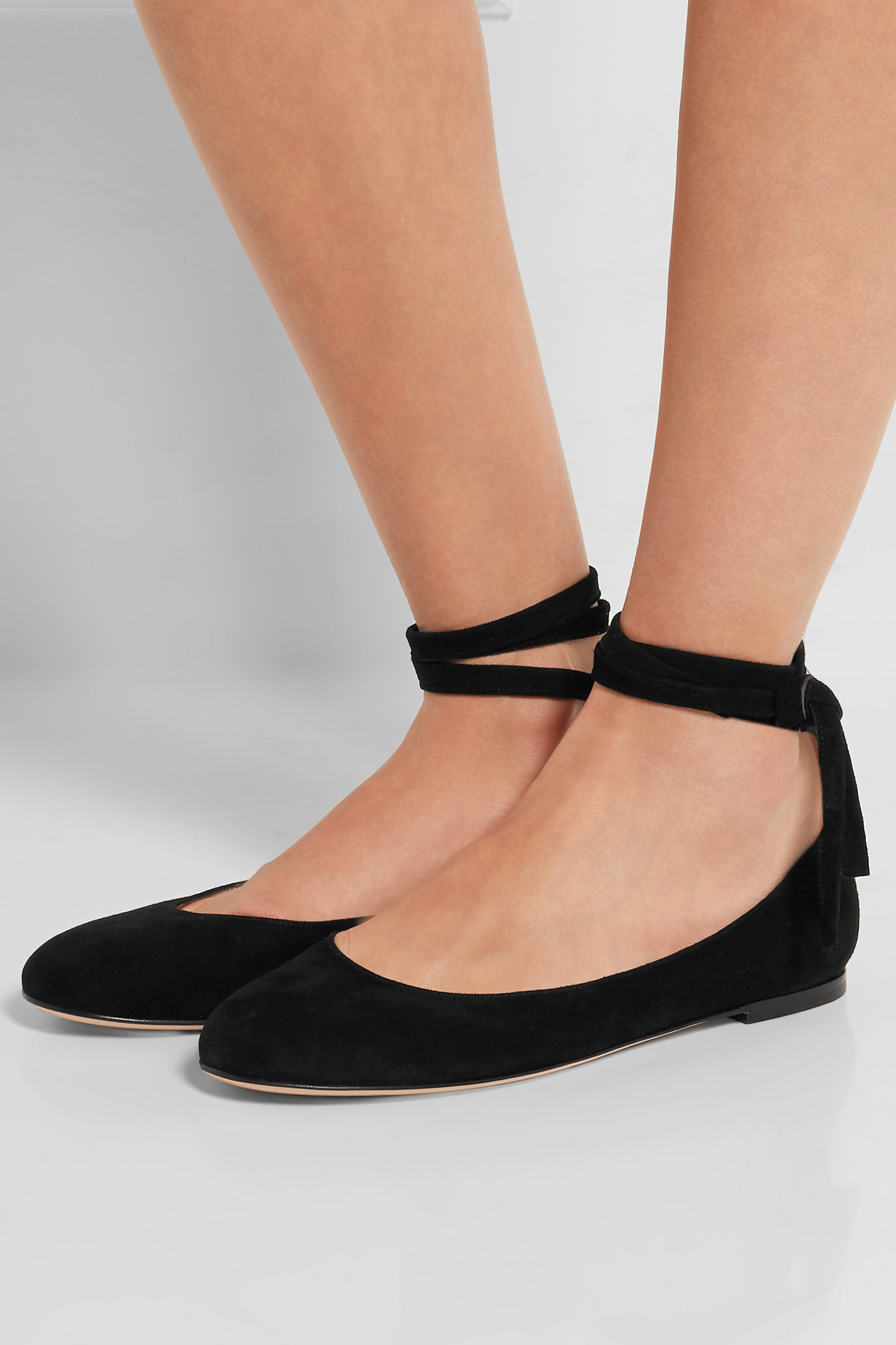 d7fd79f00760 Lyst - Gianvito Rossi Suede Ballet Flats in Black