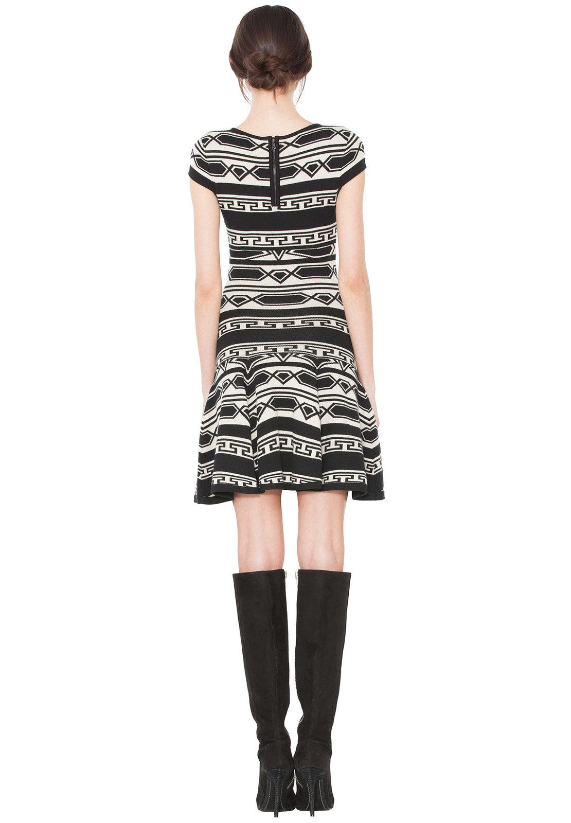 Lyst Alice Olivia Darby Short Sleeve Knit Dress In Black