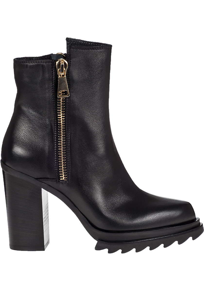 275 central block heel ankle boot black leather in black