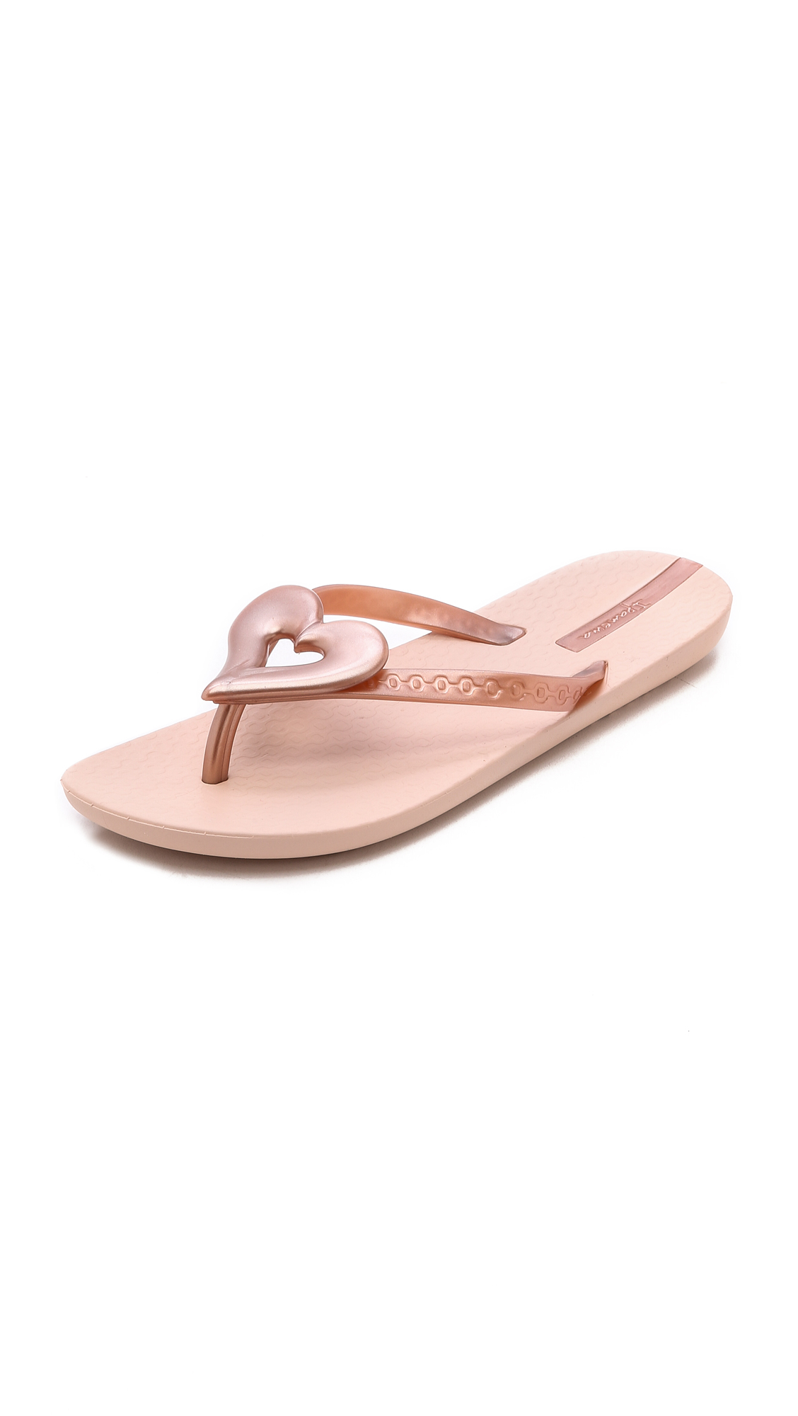 fbdb5aba933381 Ipanema Neo Love Iii Heart Flip Flops - Rose Gold in Pink - Lyst