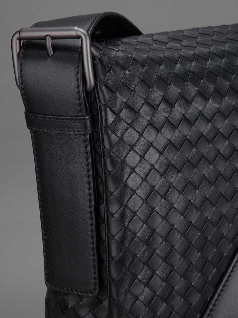 Lyst Bottega Veneta Intrecciato Messenger Bag In Black