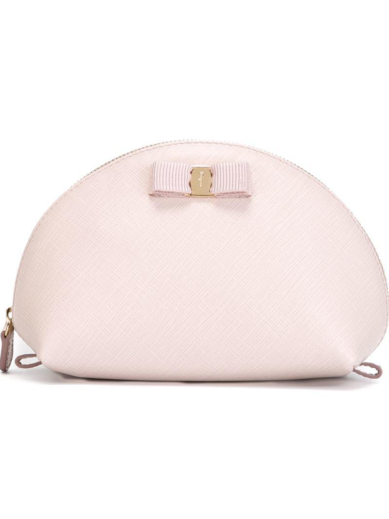466144682a Ferragamo  vara  Bow Makeup Case in Pink - Lyst