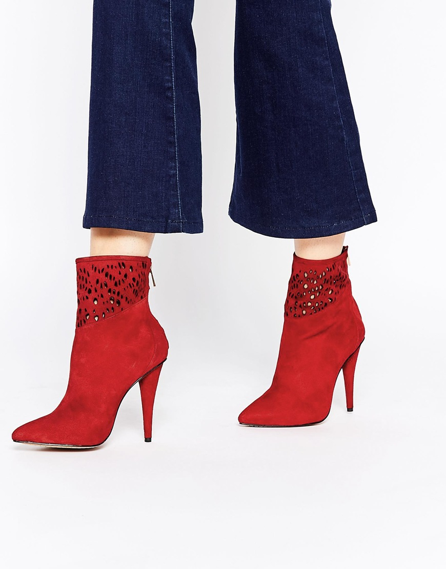 Forever unique Spritz Heeled Suede Ankle Boots in Red | Lyst
