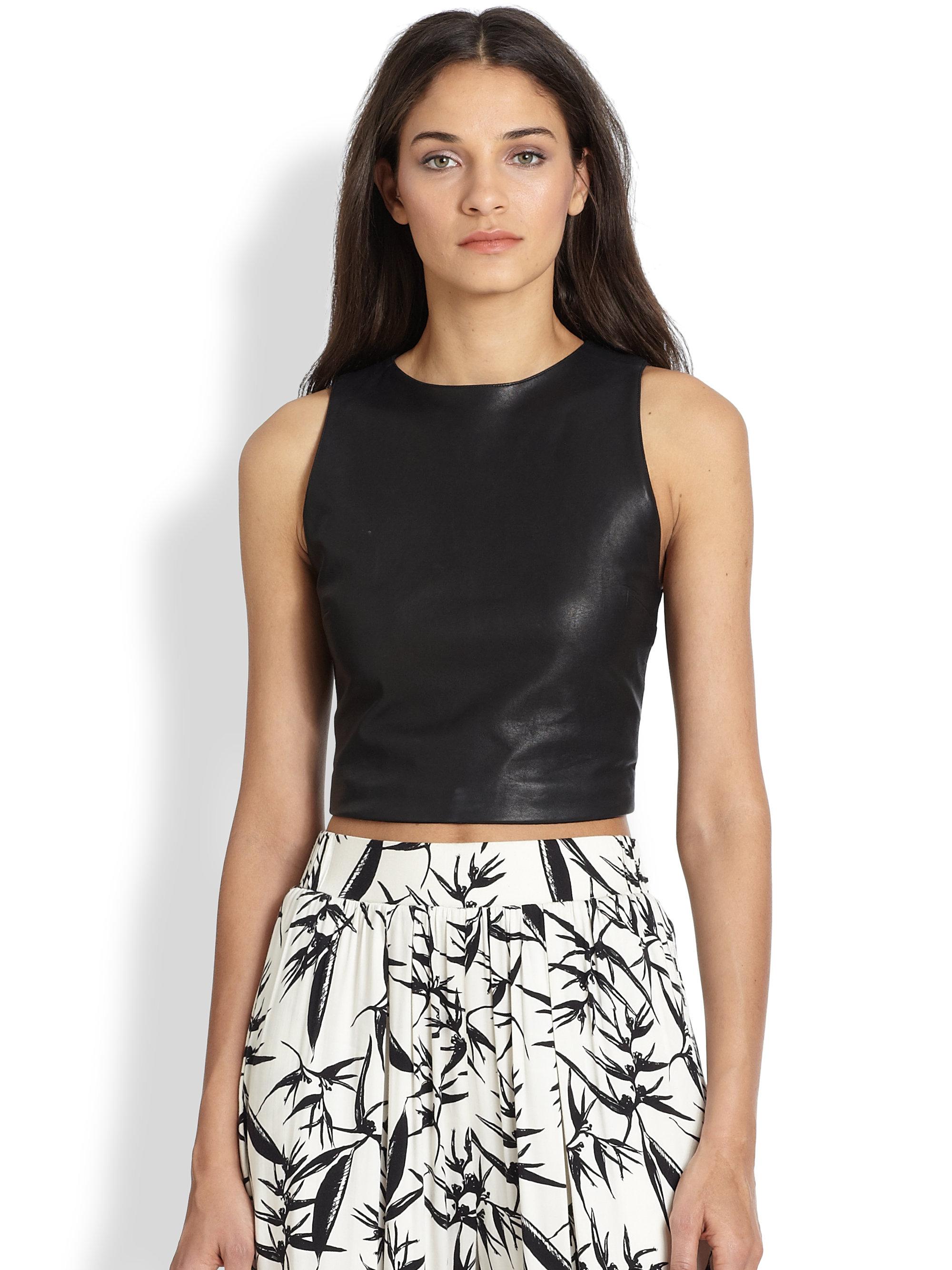48ae97710e5550 Lyst - Alice + Olivia Lorita Leather Crop Top in Black