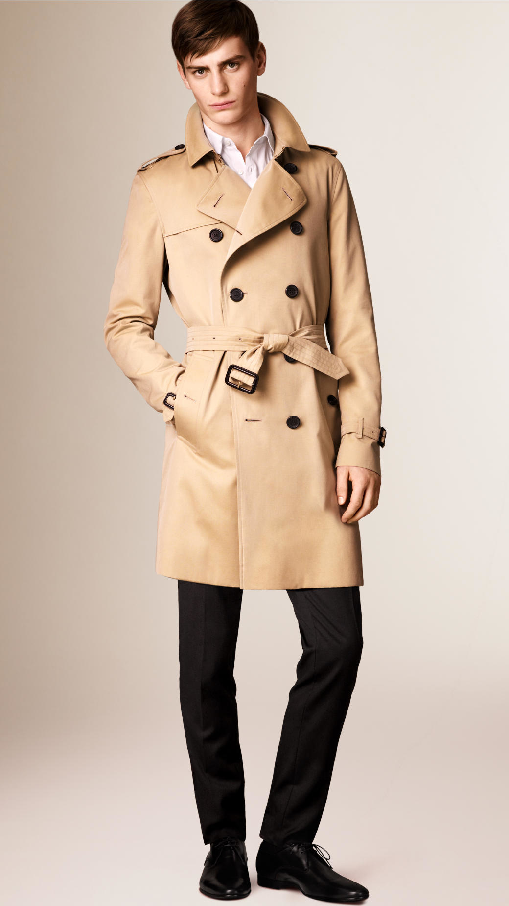 Our women's trench coats are an essential rainy day jacket, for spring showers or chilly fall weather! Shop our women's trench coat selection. Men's New Arrivals Everyday free standard shipping on orders $50+ placed online at hereaupy06.gq for U.S. or Canada.