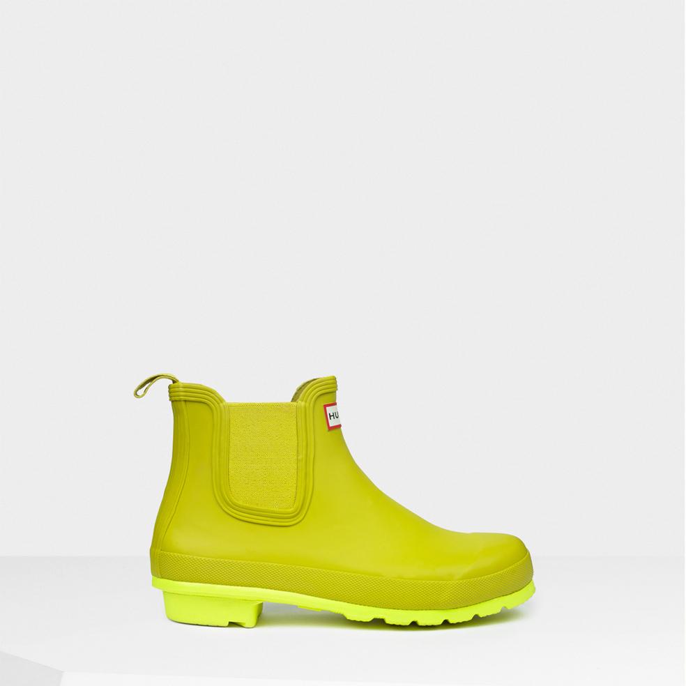 9583b1b7035ca9 lyst - hunter original neon sole chelsea boots in green for men lyst –  hunter original neon sole chelsea boots in green for men