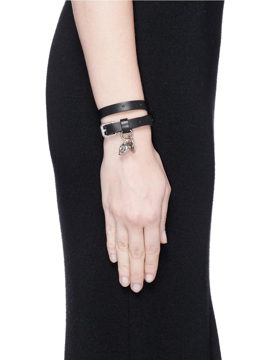 Skull-charm leather bracelet Alexander McQueen P86gd
