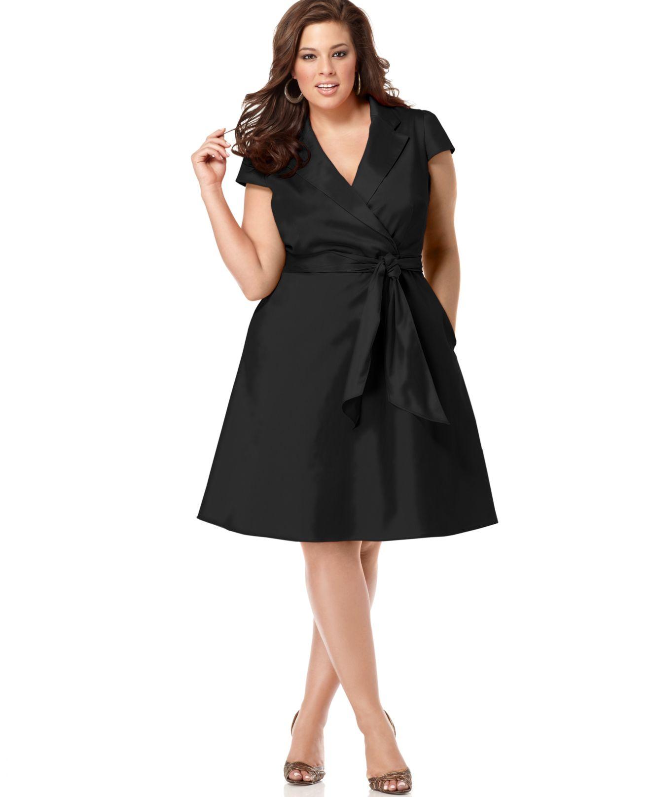 09ef2badb031 Spense Plus Size Short-sleeve Wrap Dress in Black - Lyst