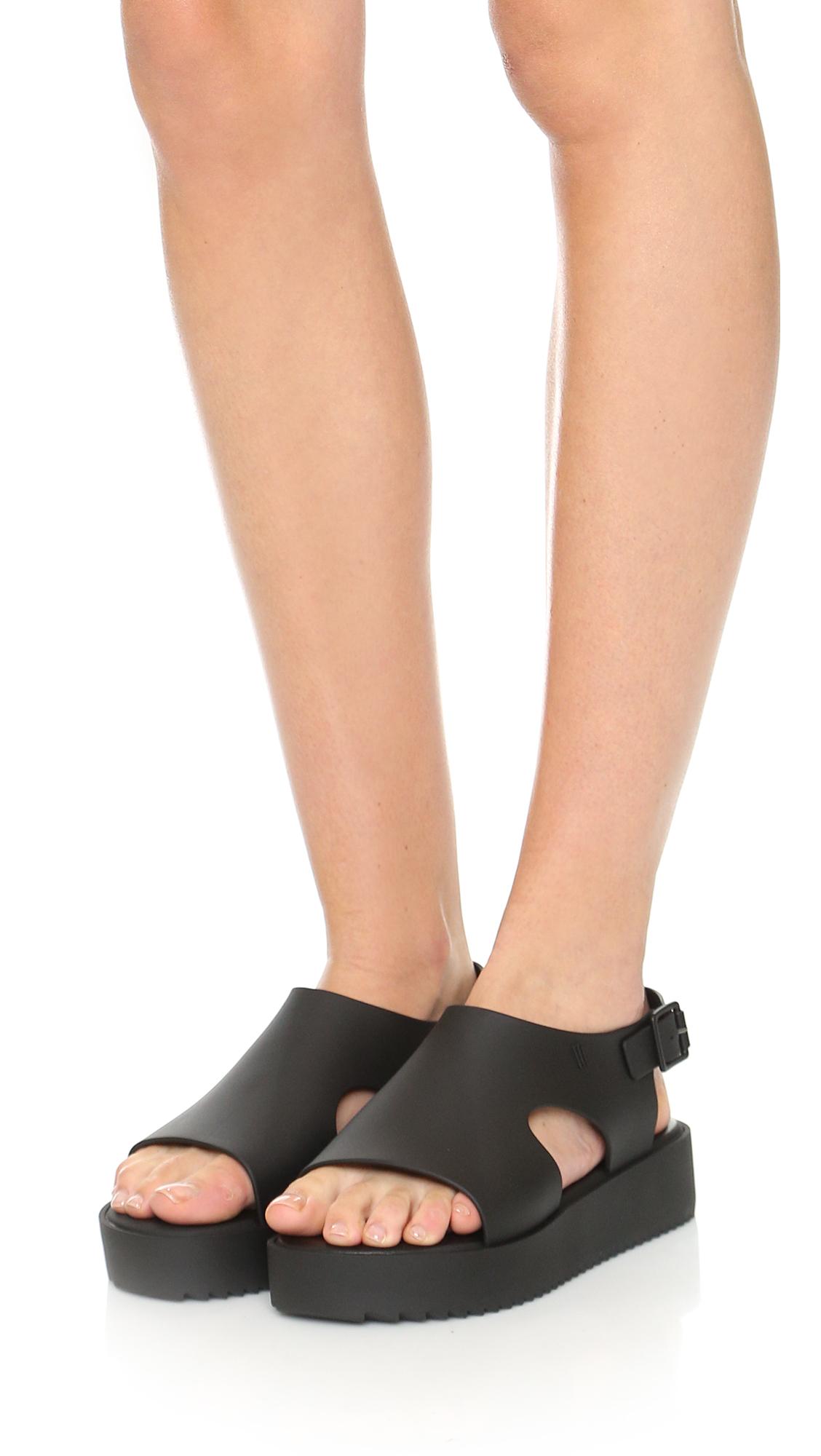 bcd59faa43 Melissa Hotness Flatform Sandals in Black - Lyst