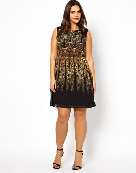 Asos Curve Exclusive Skater Dress in Gold Baroque Print in Multicolor