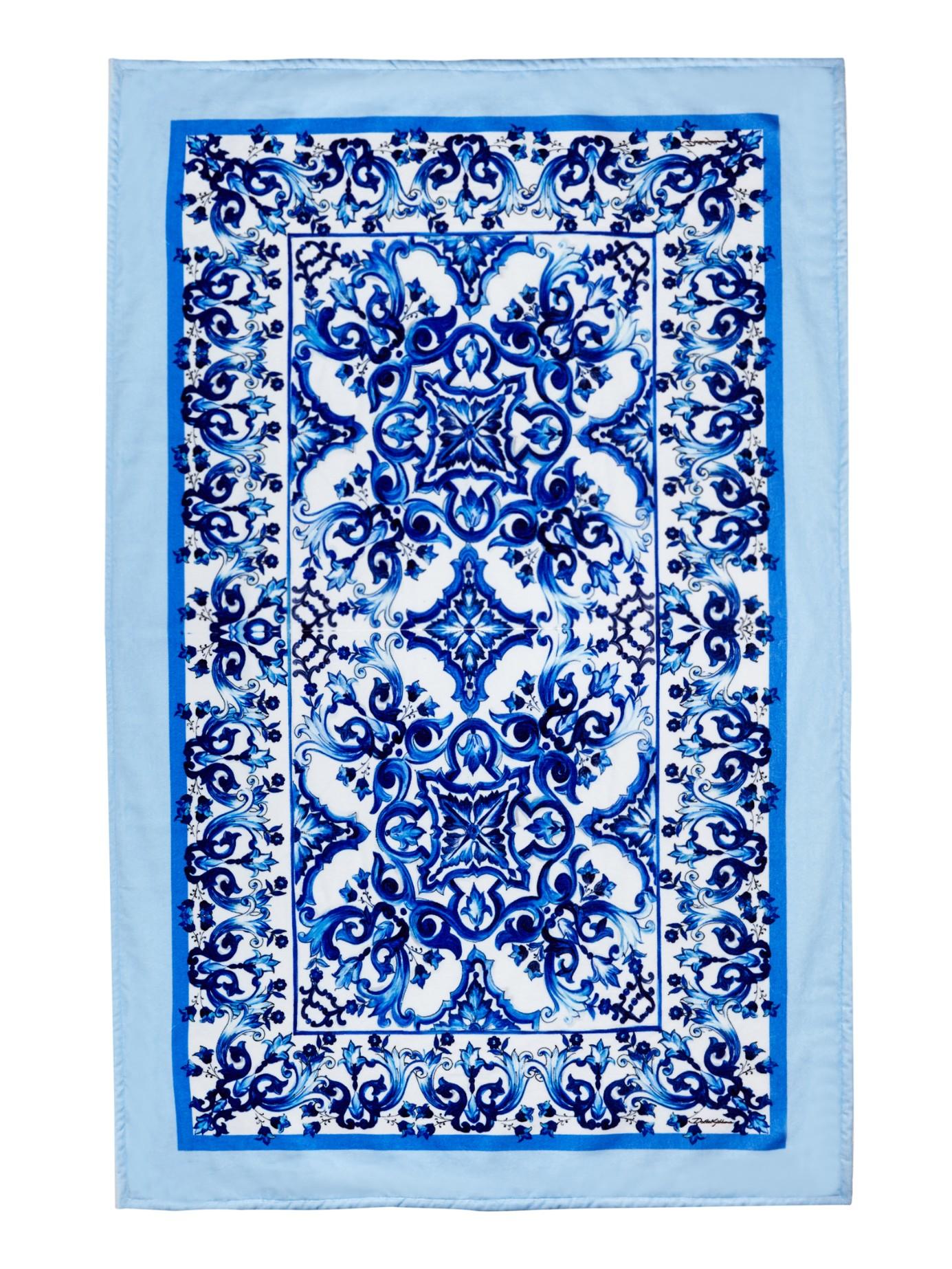 Lyst - Dolce & Gabbana Majolica-Print Towel in Blue