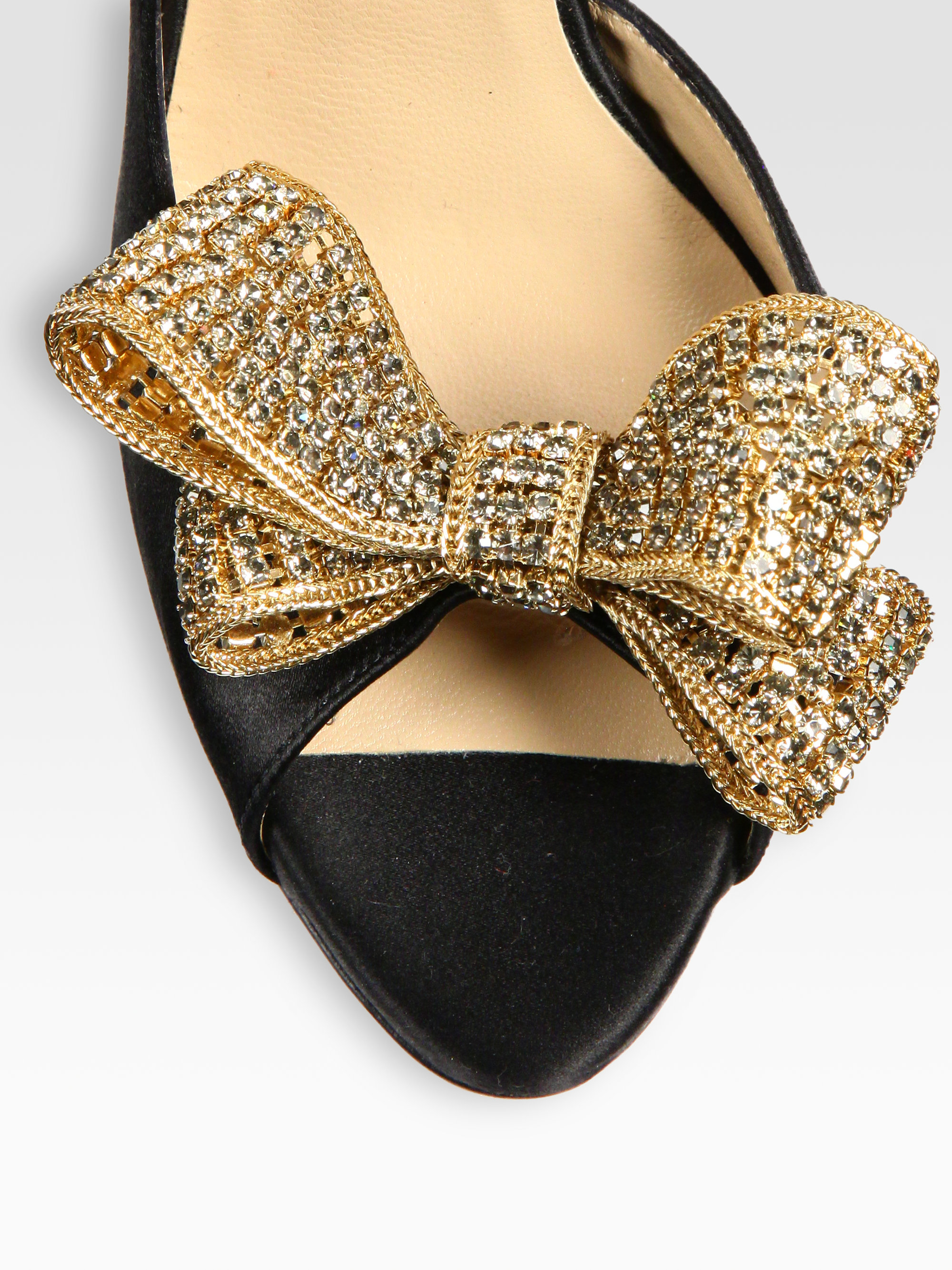 25b74eba0ff Gallery. Previously sold at  Saks Fifth Avenue · Women s Valentino Bow Pumps  ...