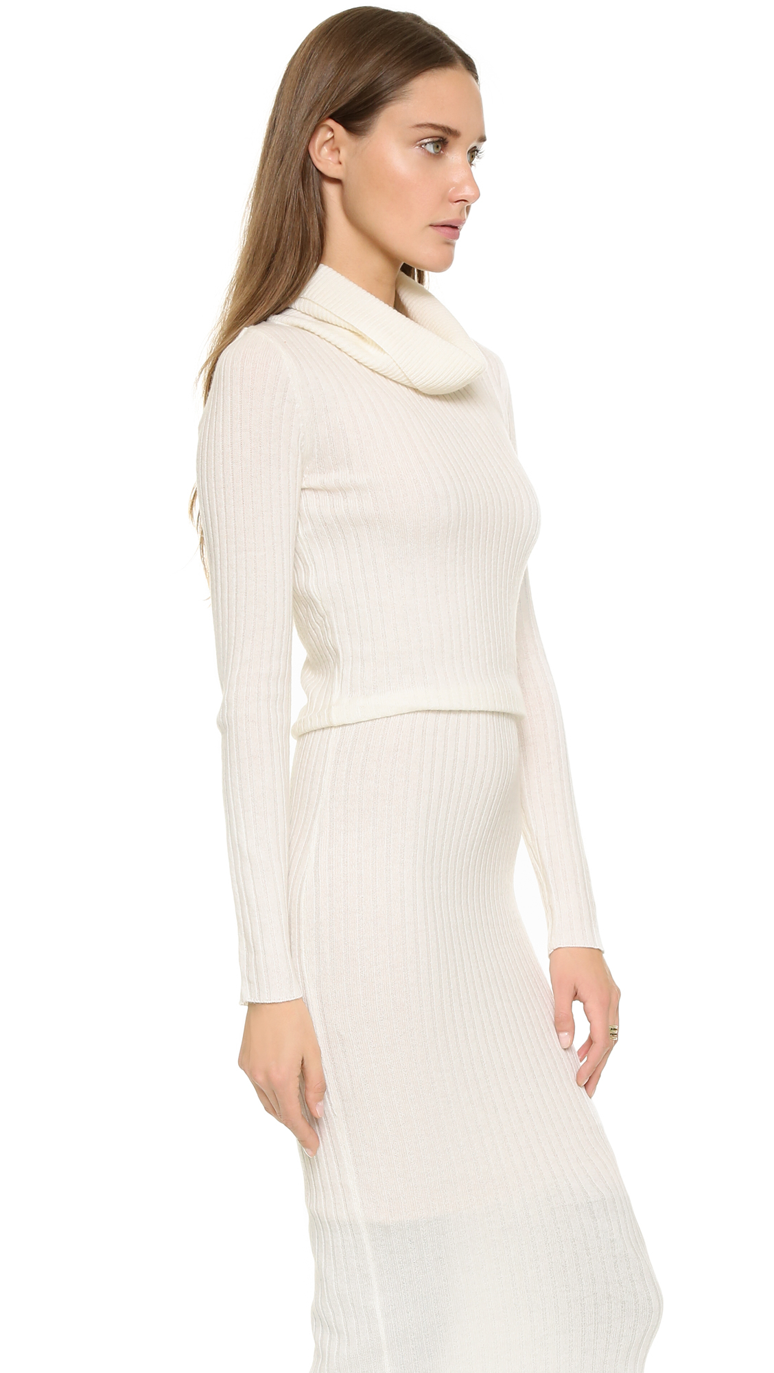 fe6fae4ee4 Alice + Olivia Hailee Turtleneck Sweater Dress - Cream in Natural - Lyst