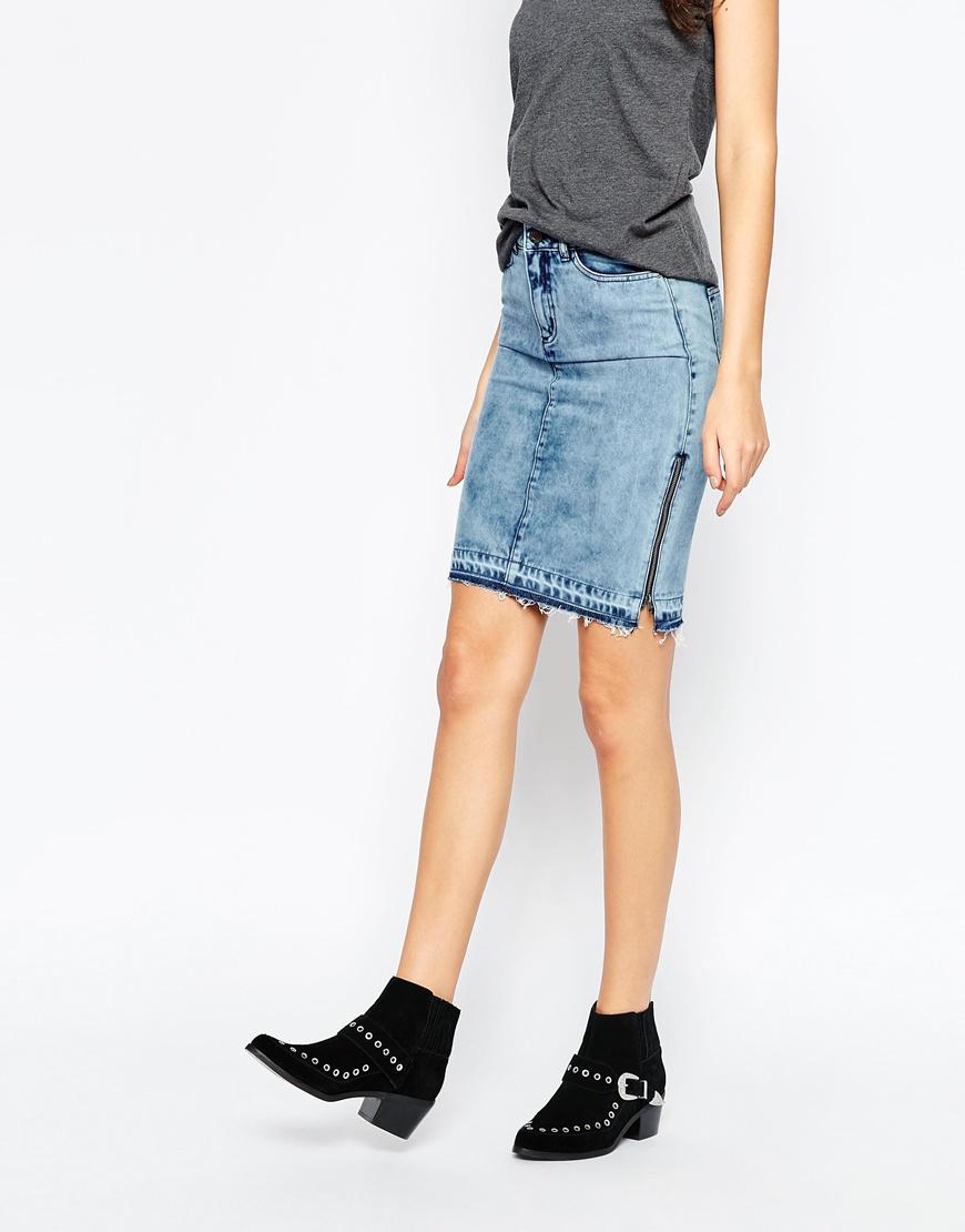 Side zip denim skirt