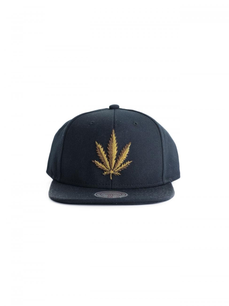 Palm Angels Black Cap With Golden Leaf In Black For Men Lyst