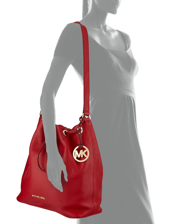 6d487b7ae4 MICHAEL Michael Kors Large Jules Drawstring Shoulder Bag in Red - Lyst
