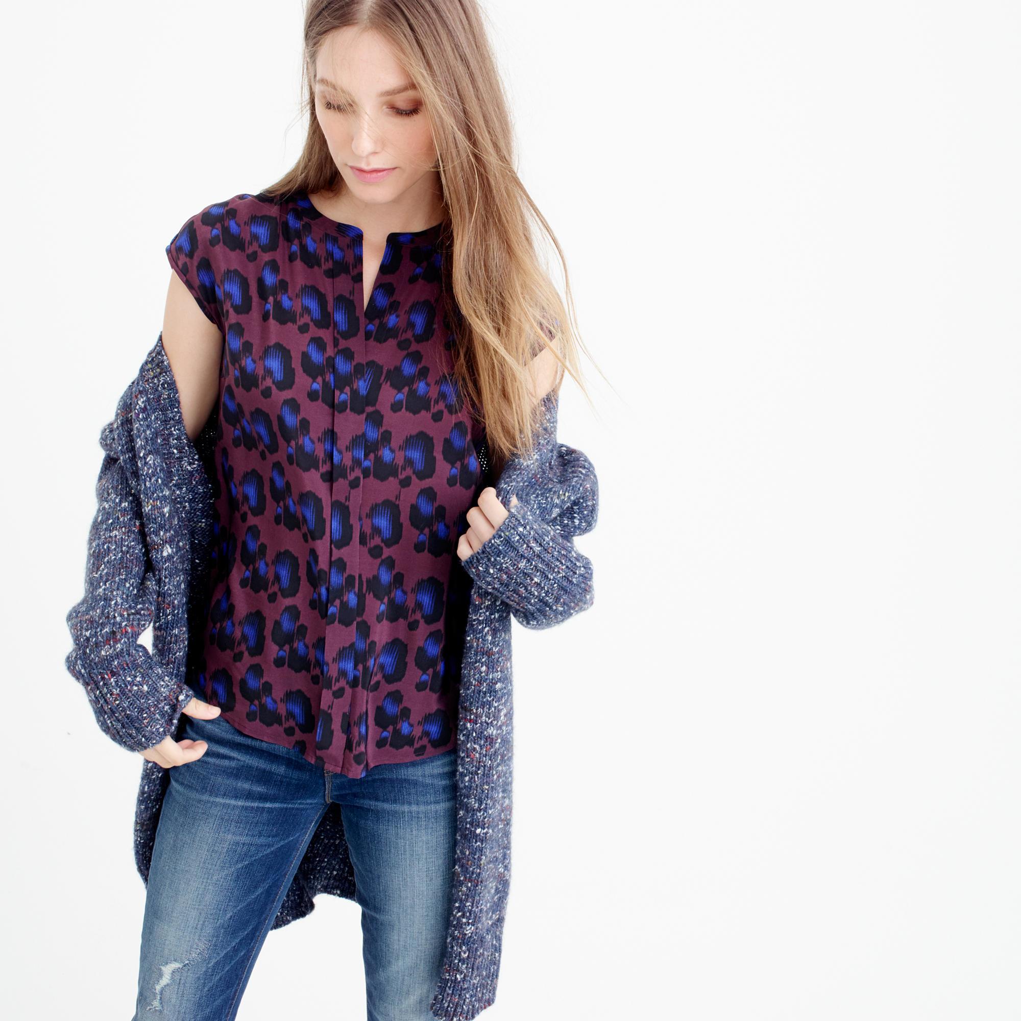 e03380c7fc2719 Gallery. Women s Floral Tops Women s Slim Fit Tees Women s Leopard Print ...
