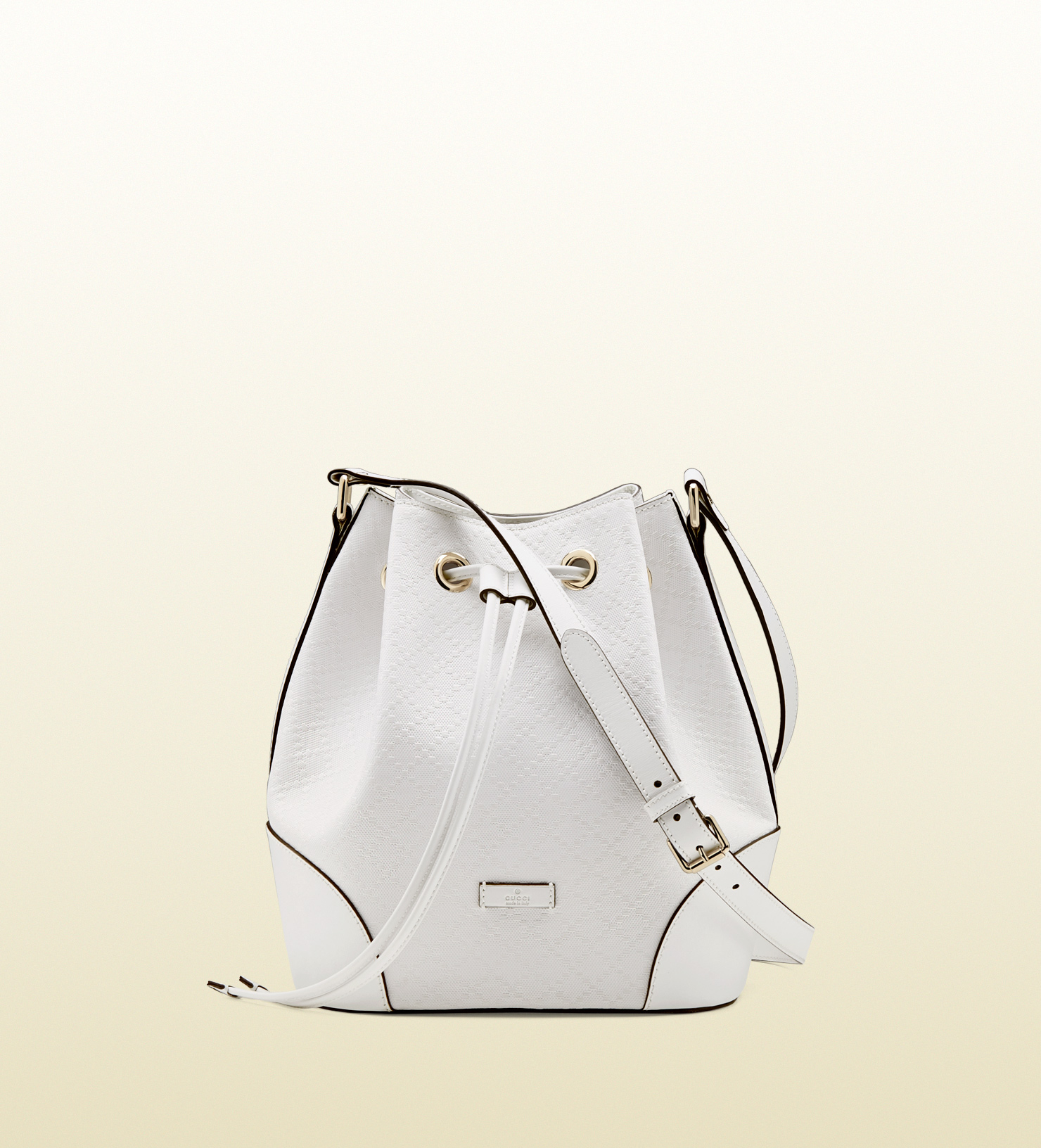 Gallery Women S Gucci Bucket Bag