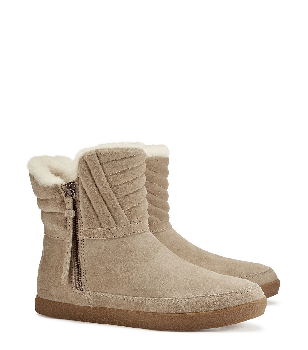 281aa4dbac094 Lyst - Tory Burch Loriner Shearling Bootie in Natural