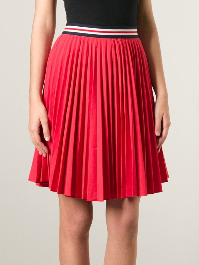 Theory Pleated Skirt in Red | Lyst