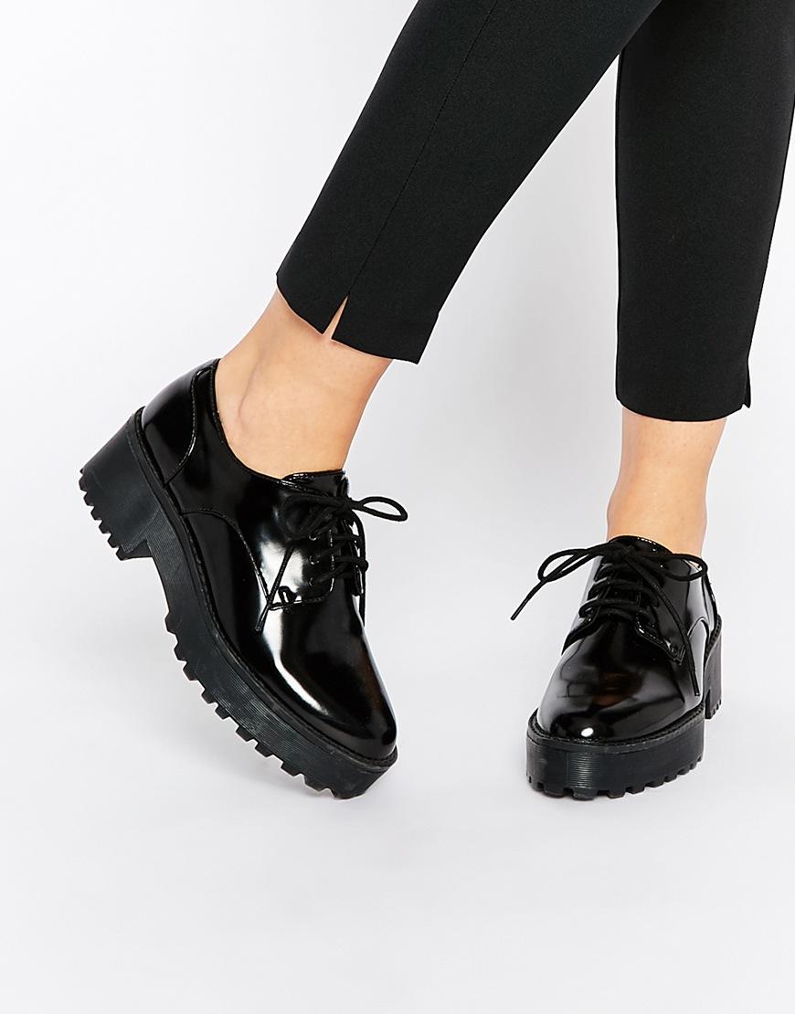 Uniqlo Lace Up Shoes