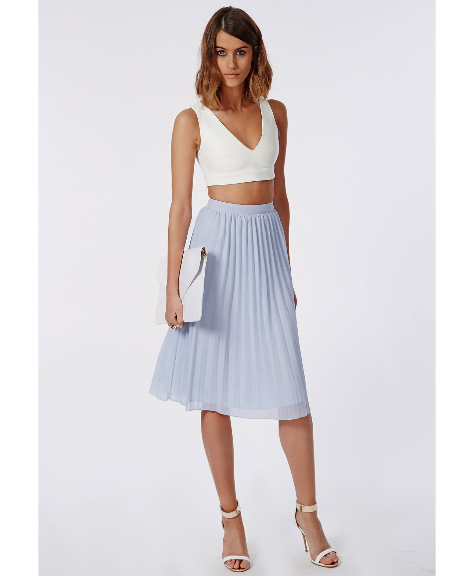 Missguided Karieen Pleated Chiffon Midi Skirt Powder Blue in Blue ...