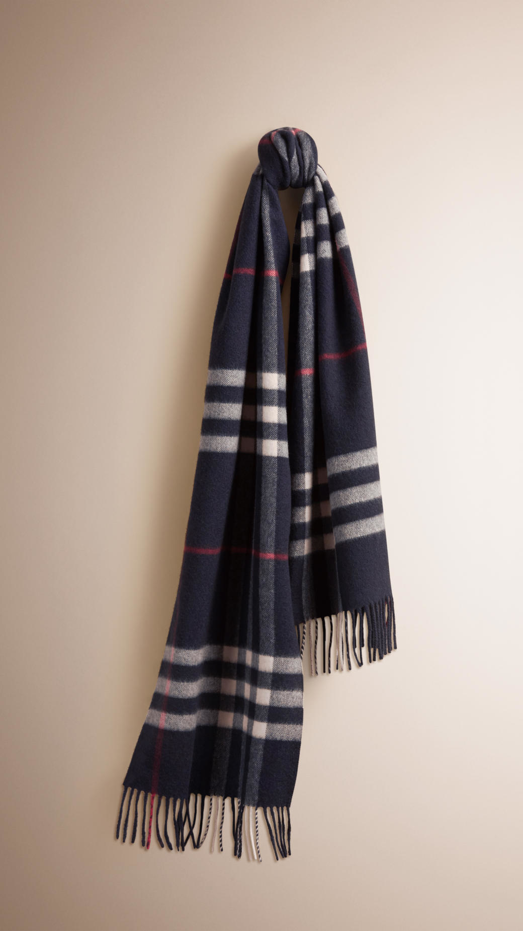 burberry the classic scarf in check navy in blue
