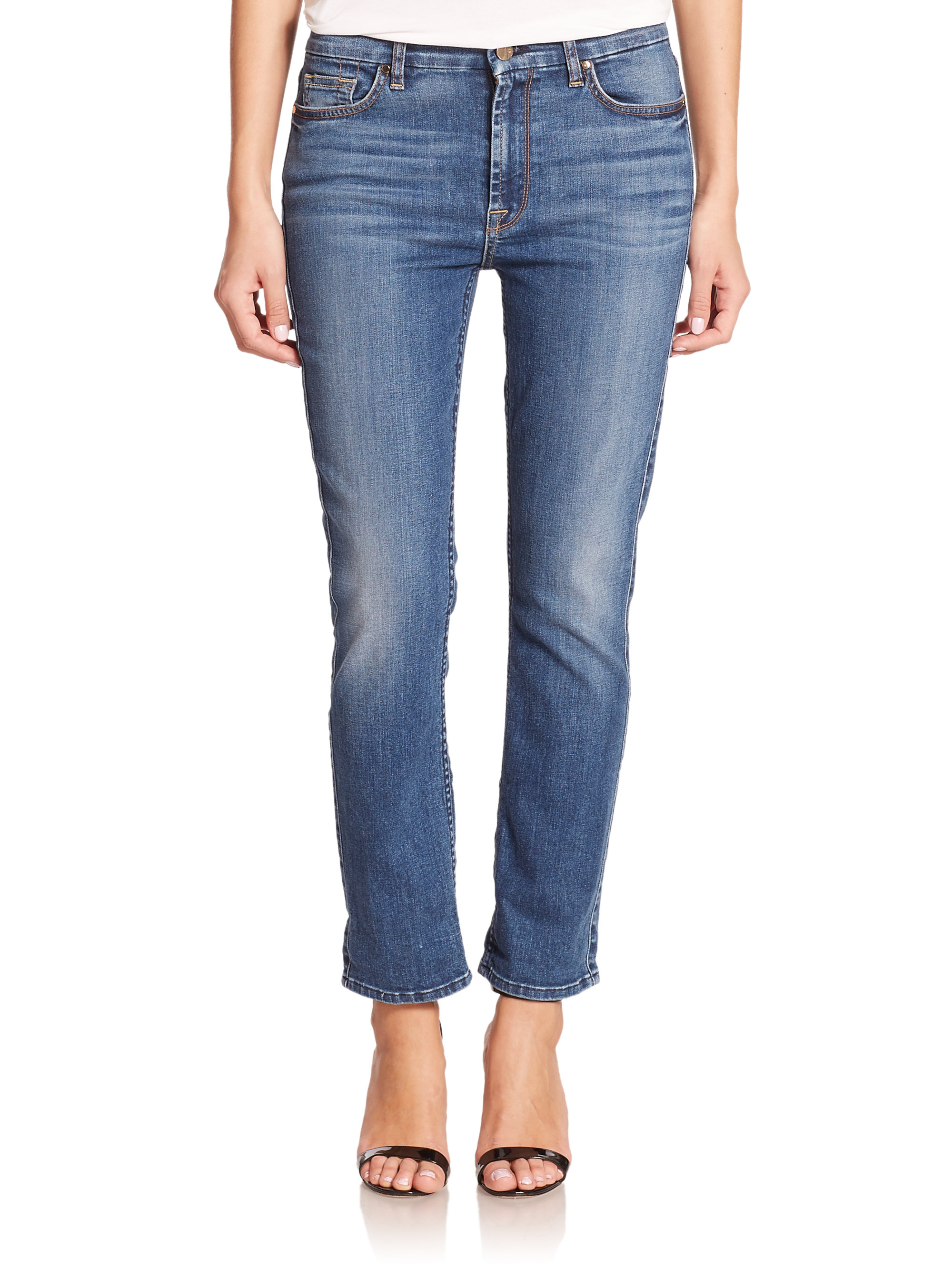 Current/Elliott's 'The Fling' jeans are a cleaned-up, slimmed-down take on the classic boyfriend style. Designed to be worn slung low on the hips, this dark-blue pair is fresh and flattering. Turn up the cuffs and wear yours with a bright-red blazer and black pumps.