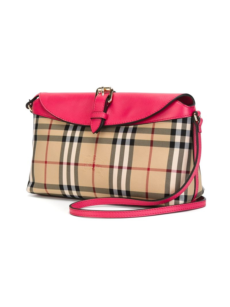 5402cd80fc Gallery. Previously sold at: Farfetch · Women's Burberry Horseferry