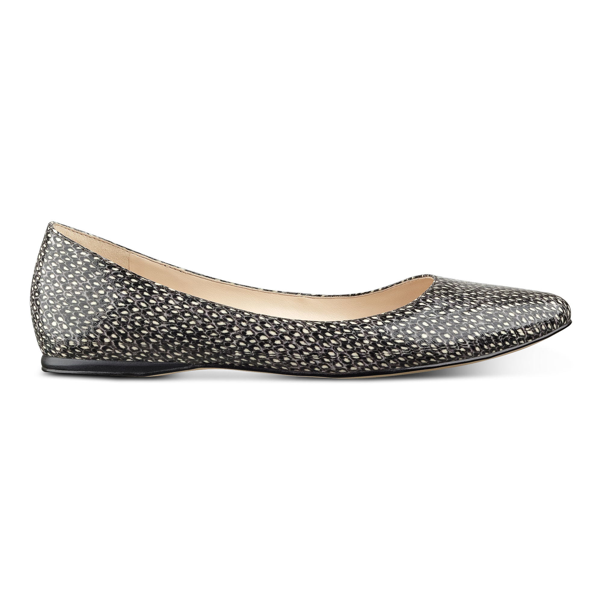 In Pointed Lyst Toe Flats White Nine Speakup West 7q7xwY8PB