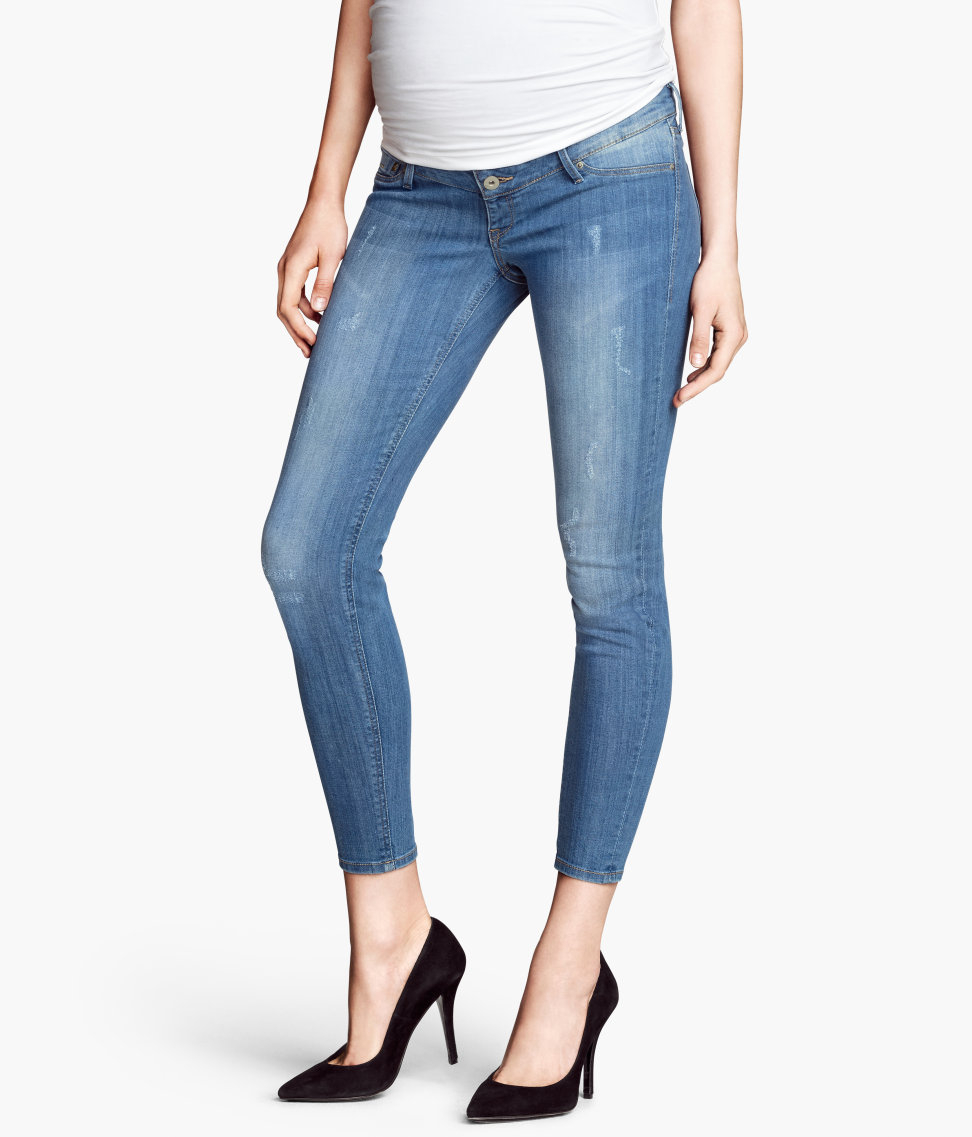 ccf890d6fa1a H&M Mama Skinny Ankle Jeans in Blue - Lyst